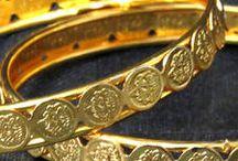 Graceful Bridal Bangles & Bracelets / Bridal Bangles & Bracelets for Women   Order now - http://bit.ly/1NLFLlX