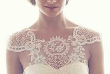Anna Campbel Dresses