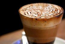CAFÉ / Um café saboroso nos proporciona momentos de intenso prazer.