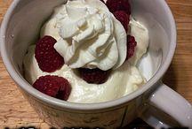 Keto Desserts / Ketogenic desserts and sweet treats