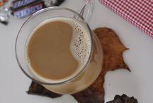 Autumn / #momiji #bywonderland #momijidolls #momijihq #coffee #autumn
