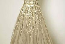 wedding dresses / by Martha Ritchie-Tapp