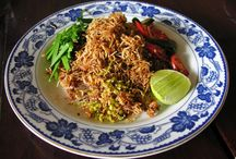 Eating in Southeast Asia / What's not to love about Thai food? Or Cambodian food? Or Vietnamese food? Or ...