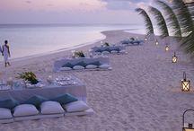 Weddings - Landaa Giraavaru / Picture your wedding in an idyllic land-and-sea paradise, at Four Seasons Resort Maldives at Landaa Giraavaru.