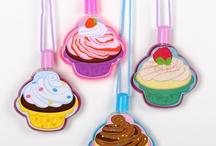 Cupcakes / by Shermaine Baldwin-Winston