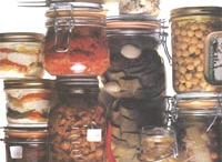 Canning / by Lillian-Emile Buteau