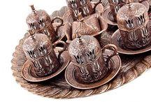 Lüx Osmanlı LALE Motifli 6 Kişilik Kahve Seti - 8 Parça - Bakır / Sınırlı Stok! Fırsat Fiyatı : 89.90 TL  http://kahveseti.com/kahve-setleri/lux-osmanli-lale-motifli-6-kisilik-kahve-fincani-seti-bakir