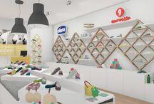 Nanets / Zapatería infantil situada en un centro comercial diseñada por MSE Project en Junio 2015. Se ha buscado seguir un diseño alegre y fresco pensando tanto en padres como en niños.
