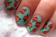 Nails. / by Helena Koonings