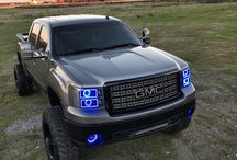 Custom GMC Cars / All of the awesome ways that people have customized to make their GMC vehicles their own.