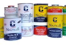 La linea NAUTILUS / La gamma di prodotti NAUTILUS raccoglie vernici bicomponenti per legno, smalti polyuretanici, gomme e sigillanti, antivegetative, primer, stucchi epossidici, diluenti, pulzia delal barca e molti altri prodotti specifici: http://www.cecchi.it/linea-nautilus/