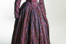 šaty do 1. pol 19 stol / historické šaty