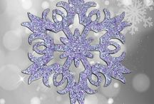 Glitter Snowflakes with Styroshapes / #DIY, #simple #crafts to make at home for the holidays or any time. Make #ornaments wall decor, make a #winter wonderland. Fun and easy for kids and parties. www.buyfoamblocks.com #Styrofoam