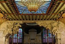 Stained Glass for Traditional Buildings / Stained glass and leaded glass for traditional buildings.
