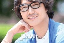 «윤상현(Yoon Sang Hyun)».