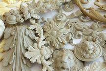 """DECOR OF POLYURETHANE / ДЕКОР ИЗ ПОЛИУРЕТАНА / Декоративные элементы компании """"Ставрос"""" в литьевом полиуретане. Наши изделия из пластика воспроизводятся с оригинальных деревянных моделей, выполненые в VIP-классе,  имеют вид ручной детальной дорезки и проработки поднутрений, а также могут иметь текстуру дерева."""