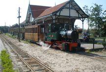 Spoormuseum / Dit bord gaat over treinen, sporen, musea die hierover gaan maar ook een aantal historische treinen die nog rijden in Nederland. Dus alles met veel stoom, kolen en actie.