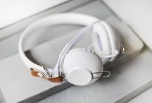 ACME SATURN headphones / Innovative design gives You not only urban look, but also serves its' purpose – durable braided cable is long-lasting and sturdy, smart cable organizer helps to avoid the mess and save time untangling the cable. In other words, compact and subtle design, high quality, smart decisions – everything combined into one to meet urban people's expectations.