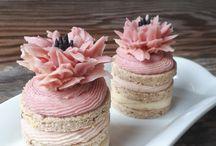 Raw Vegan Gluten-Free Cakes, Sweet Little Sirin / Raw Vegan Gluten-Free Cakes, by Sweet Little Sirin. Raw Chef Angela Hill. Toronto Ontario Canada
