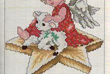 Christmas embroidery / Kijk niet alleen deze maar ook christmas cats  stocking etc want ook daar zijn patronen te vinden!. / by Annemarie de Vreese