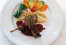 Fine Dining at Home / Σκέφτεστε να οργανώσετε ένα πάρτι γενεθλίων, ένα ρομαντικό δείπνο ή απλώς ένα τραπέζι με φίλους στο σπίτι; Έχουμε τη λύση! Ο chef της #ARIAFineCatering θα σας προτείνει ιδέες και θα διαμορφώσει σύμφωνα με τις επιθυμίες σας το δικό σας menu. Θα προμηθευτεί όλα τα απαραίτητα υλικά, και θα μαγειρέψει ο ίδιος στην κουζίνα σας για να προσφέρει την καλύτερη γευστική εμπειρία σε εσάς και τους καλεσμένους σας.  Εσείς το μόνο που έχετε να κάνετε είναι να απολαύσετε!!