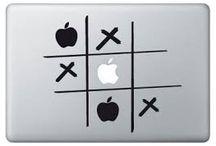 "Tablero ""MACBOOK"" / Strictly for Apple users! High quality decal designs for High quality devices. Diseños premium especialmente concebidos para encajar con tu dispositivo Apple como un guante, ¿O era una manzana?"