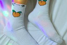 socks/shoes