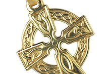 Celtic Cross Yellow Gold / Gold Celtic crosses in traditional and Saint Brigid designs