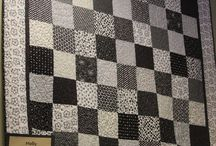 Black and white quilts ideas