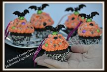 Charmed Confections / https://www.etsy.com/shop/CharmedConfections