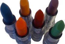 Beautiful Lips / beautiful color lipsticks with a dazzling shine