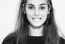 caitlin stasey / actress