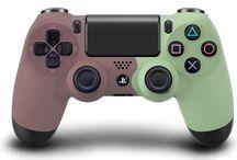 jeux video (manettes PS4)