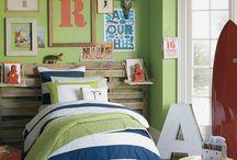 Elliott's bedroom