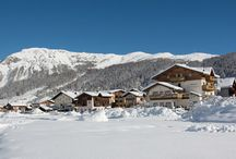 Hotel Garni Daniela Livigno / you love nature and want to enjoy it fully, you're welcome: park your car and forget it for the rest of your mountain holiday: you're in the heart of Livigno, take advantage of it! Hotel Daniela is a family-run B & B in the center of Livigno which is distinguished by its excellent and quiet position very close to the shopping.