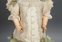 CLOTHES SHOES & ACCESSORIES - ANTIQUE DOLLS