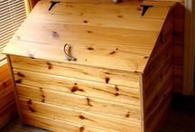 Chests/trunks / by Judy Carr