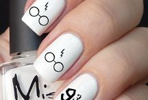 Maquillaje y uñas