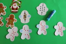 Christmas kids can do crafts / by Samantha Sellers