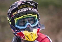 Johnny Aubert