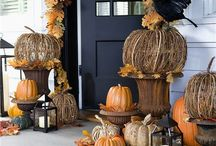 Halloween / by Nicolle Erwin