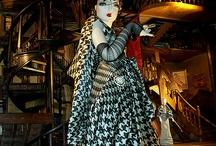 Mannequins / by Harriet Julo