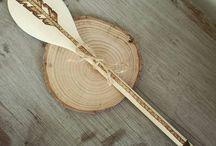 w drewnie