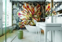 Bathroom Murals / Sharing some fabulous bathroom murals to create drama and interest in your bathroom