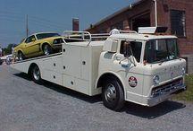 Ford C 600 race hauler truck