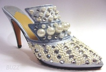 MINIATURE SHOES / Just the right shoe by Raine