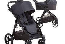 Baby Jogger City Premier / Baby Jogger City Premier Duo y Trio es un cochecito urbano con asiento reversible que permite al bebé ir mirando hacia los padres o al universo que le rodea. Tiene freno de parking de mano y el manillar es ajustable en altura. Con el sistema Quick-Fold. Flexibilidad y ligereza con silla reversible! Descúbrelo en: http://decoinfant.com/producto-etiqueta/baby-jogger-city-premier/