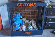 Stuffed animal zoo's / by Stacy Trickett Brown