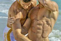 wrestling hot men / Wanna wrestle with a hot man?