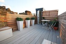 Battersea Roof by Really Nice Gardens / We designed this Battersea roof terrace to be both smart and quaint. It's the perfect space for entertaining friends or just relaxing in the sun.